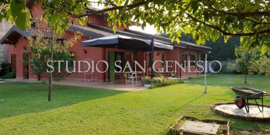 Villa singola insita su un lotto di 900 mq