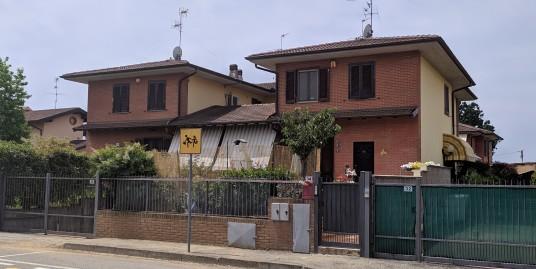 Porzione di villa quadrifamiliare
